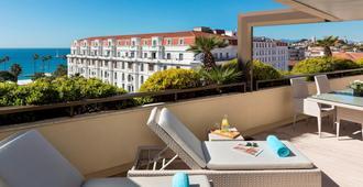 Hôtel Barrière Le Gray d'Albion - Cannes - Balcón
