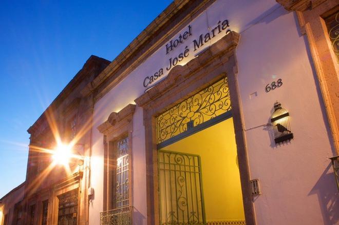 Casa Jose Maria Hotel - Morelia - Building