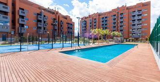 New Big Apple Apartment Pts Granada Canovas - Granada - Piscina