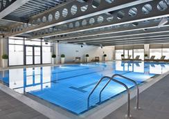 格拉斯哥鄉村酒店 - 格拉斯哥 - 格拉斯哥 - 游泳池
