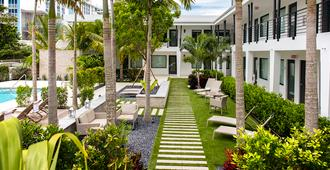 Elita Hotel - Fort Lauderdale - Building