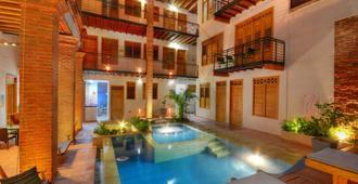 هوتل بوتيك كازا كارولينا - بلدية سانتا مارتا - حوض السباحة