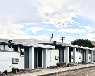 Blue Sage Inn & Suites - Blanding - Building