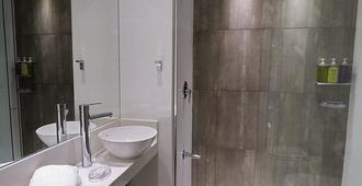 Smart Hotel Montevideo - Montevideo - Bathroom