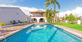 Casa Nostra Motel Mackay - Mackay - Pool