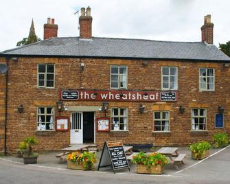 The Wheatsheaf - Daventry - Building