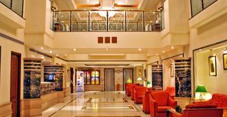 Aditya Park-A Sarovar Portico Hotel - Hyderabad - Lobby