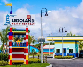 LEGOLAND Florida Resort - Уинтер-Хевен - Здание