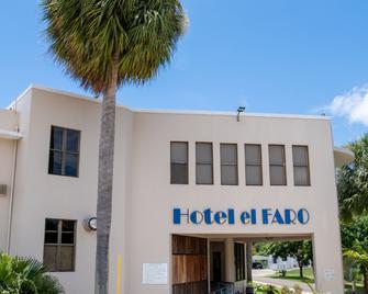 Parador El Faro - Aguadilla - Building