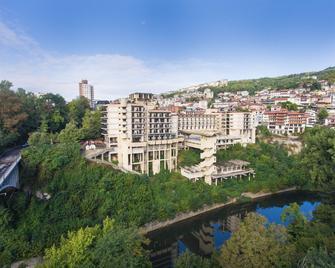 Interhotel Veliko Tarnovo - Veliko Tarnovo