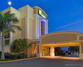 Holiday Inn Express Cape Coral-Fort Myers Area - Cape Coral - Gebäude