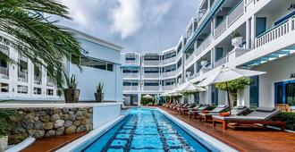 Andaman Seaview, Karon Beach (Sha Plus+) - Karon - Pool