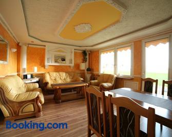 Apartamenty Podzamcze Walbrzych - Wałbrzych - Living room