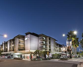 Grand Hotel And Apartments Townsville - Townsville - Rakennus