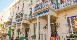 Smart Hyde Park Inn - London