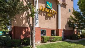 Quality Inn Silicon Valley - San Jose - Rakennus