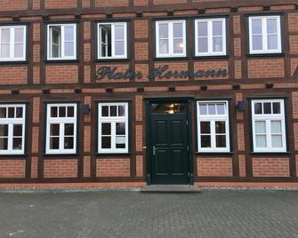 Hotel Plater Hermann - Küsten - Building