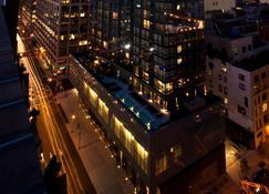 The Dominick - Нью-Йорк - Building