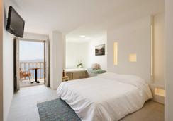 Panorama Boutique Hotel - Thera - Bedroom