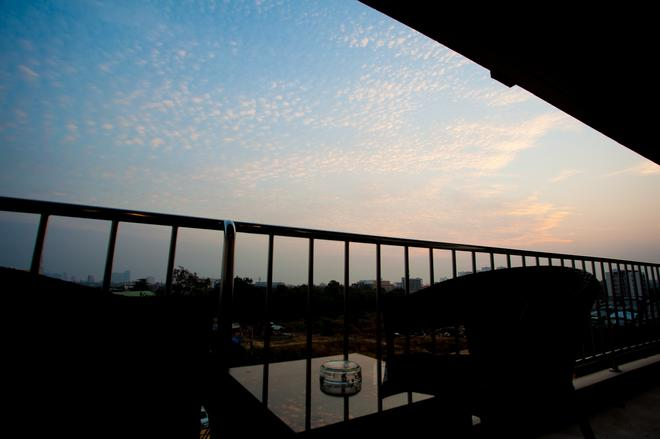 Sukhotai Resort Pattaya - Pattaya - Balcony