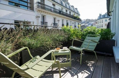 Hotel Max - Paris - Balcony