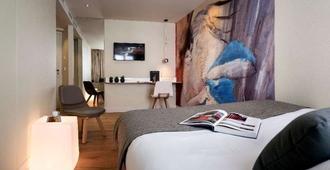 Hotel Max - Paris - Schlafzimmer