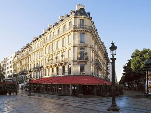 Hôtel Barrière Le Fouquet's Paris - Paris - Building