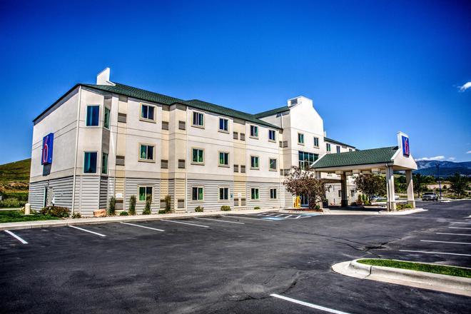 Motel 6 Missoula - Missoula - Building