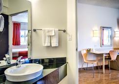 Motel 6 Missoula - Missoula - Bathroom