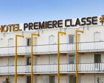 Premiere Classe Avignon Courtine - Avignon - Building