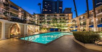 Beverly Hills Plaza Hotel & Spa - Los Angeles - Pool