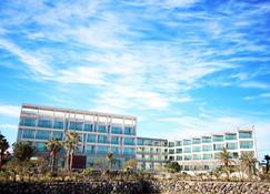 The Four Graces Resort - Seongsan-eup - Building