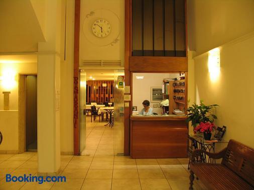 Hotel Cecco - Arezzo - Front desk