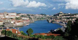 Mercure Porto Centro Santa Catarina - Porto - Outdoors view