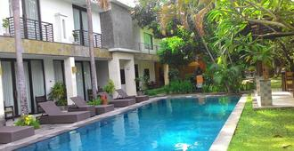 Puri Maharani Boutique Hotel And Spa - Denpasar - Piscina