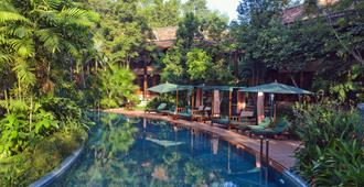 Angkor Village Resort & Spa - Siem Reap - Pool