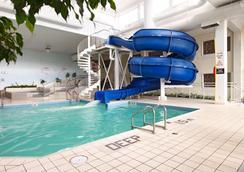 Viscount Gort Hotel - Winnipeg - Pool