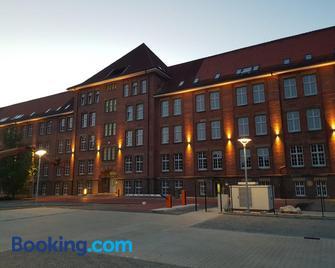 Boardinghouse Emden - Эмден - Здание