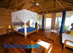 Agusta Eco Resort - Besir - Phòng ngủ