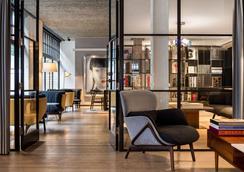 Radisson Blu Edwardian Mercer Street - London - Lobby