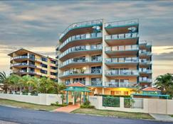 The Esplanade Picnic Point - Maroochydore - Edificio