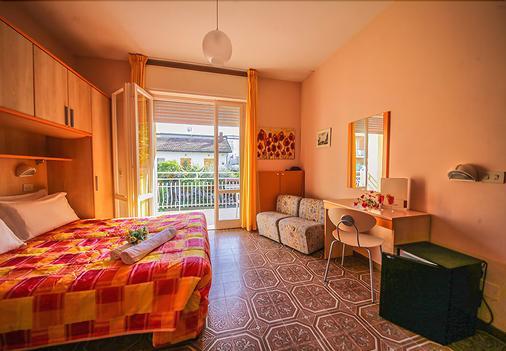 Hotel Santa Martina - Cesenatico - Κρεβατοκάμαρα