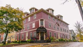 The Great George - Charlottetown (Prince Edward Island) - Building