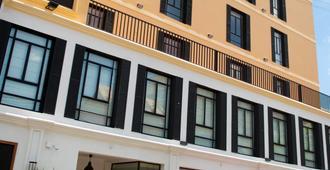 Grand Hôtel Urban - Antananarivo - Gebäude
