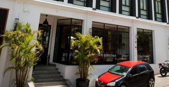 Grand Hotel Urban - Antananarivo - Edificio