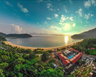 The Barat Tioman Beach Resort - Tioman Island - Outdoor view