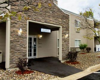 Quality Inn and Suites Red Wing - Red Wing - Gebouw