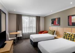 Travelodge Hotel Garden City Brisbane - Mount Gravatt East - Bedroom
