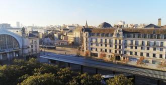 Le Grand Hotel Tours - טור - נוף חיצוני