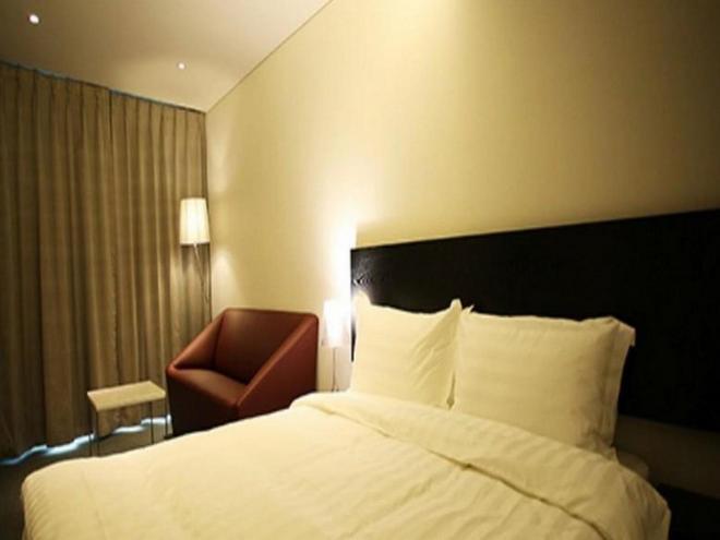I.T.W Hotel - Seoul - Bedroom